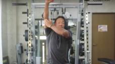 【上腕三頭筋を鍛える】オーバーヘッドエクステンションの写真