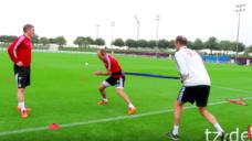 ロッベン選手の「腰」を使ったサイドステップトレーニング【スピードとパワーを生み出す】の写真