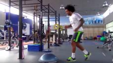 【緩急を生み出す止まる技術】レアル・マルセロの体をコントロールするトレーニング!の写真