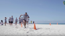 【スプリント能力を養おう!】陸上では出来ない砂浜トレーニングのメリットの写真