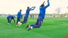 【ヘディングの競り合いを強化しよう!】ジャンプ力向上トレーニングの写真