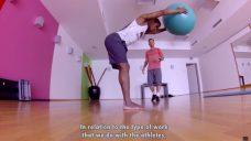 【ドウグラス・コスタ選手実践!】上半身を連動させたヒップヒンジのエクササイズの写真
